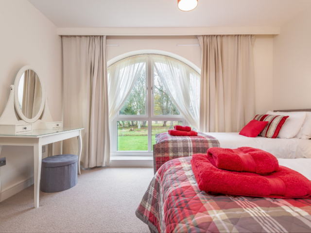 Twin/double bedroom Elie Estate
